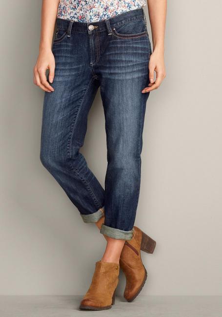 Boyfriend-H, V Leg Jeans mit bestickten Gesäßtaschen