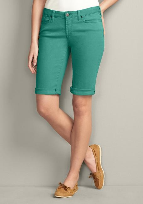 Slightly Curvy-U, Colored Jeansbermudas