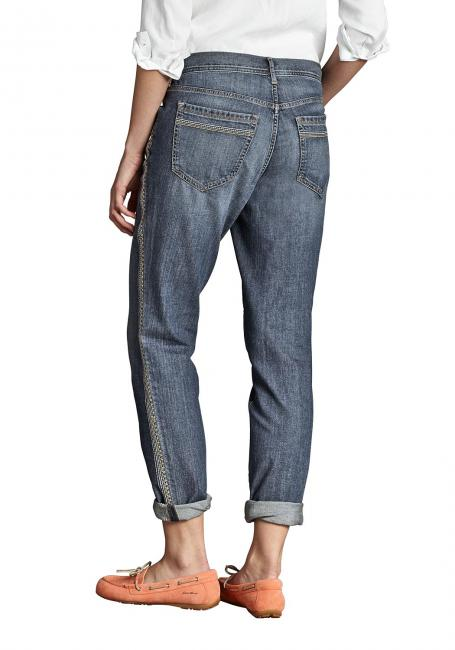 Boyfriend Jeans bestickt