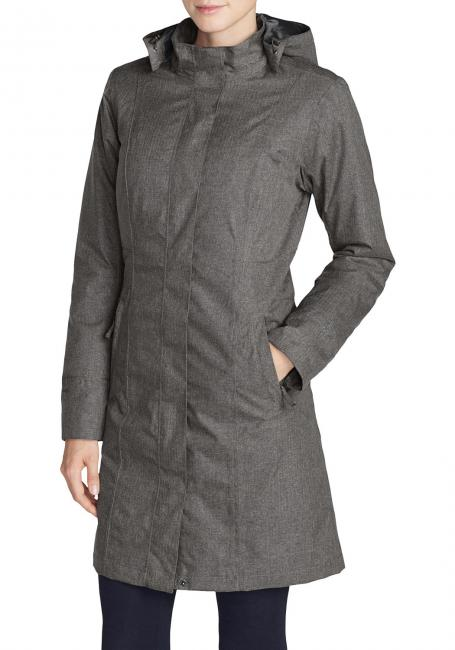Girl On The Go Isolierter Trenchcoat