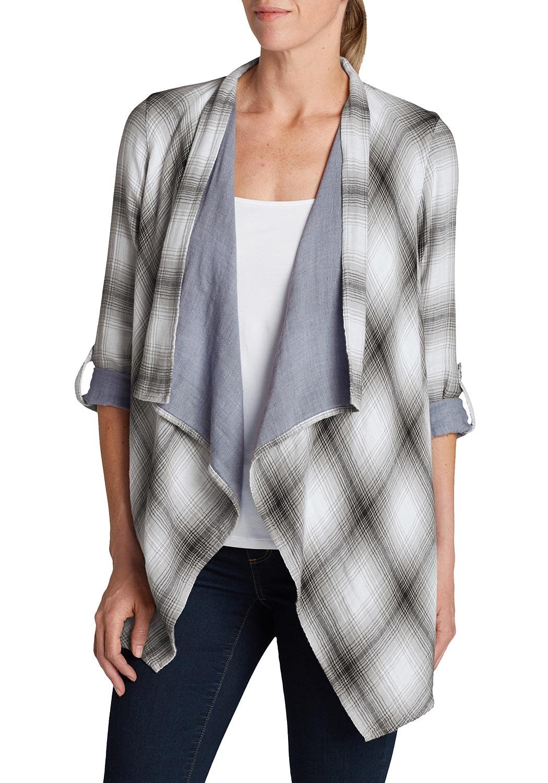 Artikel klicken und genauer betrachten! - Offen zu tragenden Bluse. Wasserfallartige Kante vorn. In Karo Stoff mit uni Stoff gedoppelt. Lange Ärmel können mittels Riegel auf 3/4 länge aufgekrempelt werden. Vorne länger geschnitten.   im Online Shop kaufen
